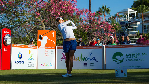 24/09/2016 Ladies European Tour 2016: Andalucía Costa del Sol Open de España Femenino, Aloha Golf Club, Marbella, Spain 22-25 Sept. Current leader, Azahara Munoz of Spain, tees off on the first hole during the third round. Credit: Tristan Jones