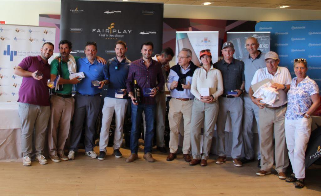 Premiados en el torneo José Manuels Pascual Pascual, jugado en el campo de Fairplay Golf (Cádiz)