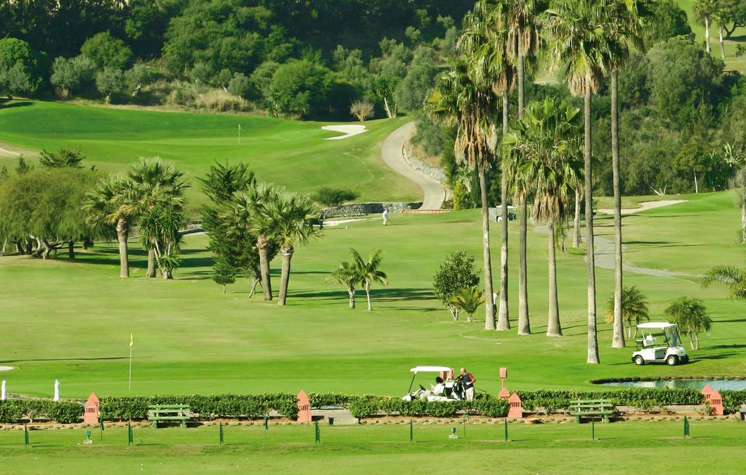 Santa Clara Golf. La Costa Del Sol, siempre en verde - Golf Circus
