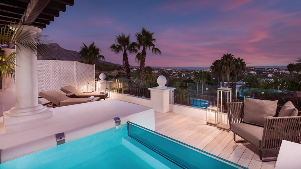 Presidential Suite Terrace. The Westin La Quinta Golf Resort & Spa - Golf Circus