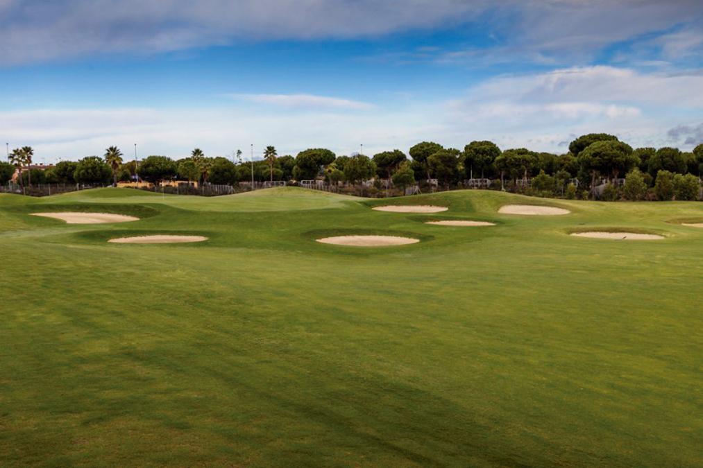 La Monacilla Golf Club -  Golf Circus